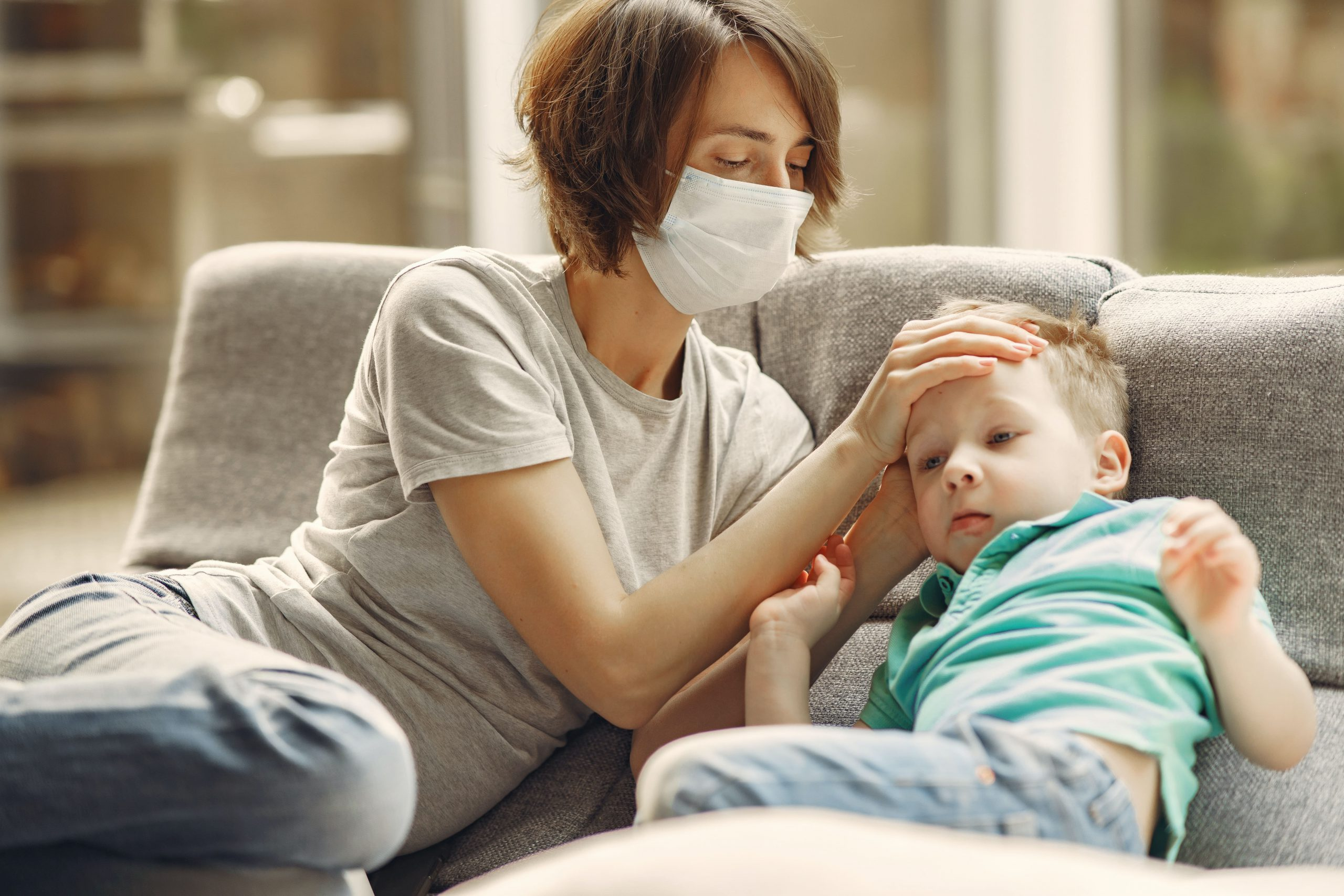 mother-and-sick-child